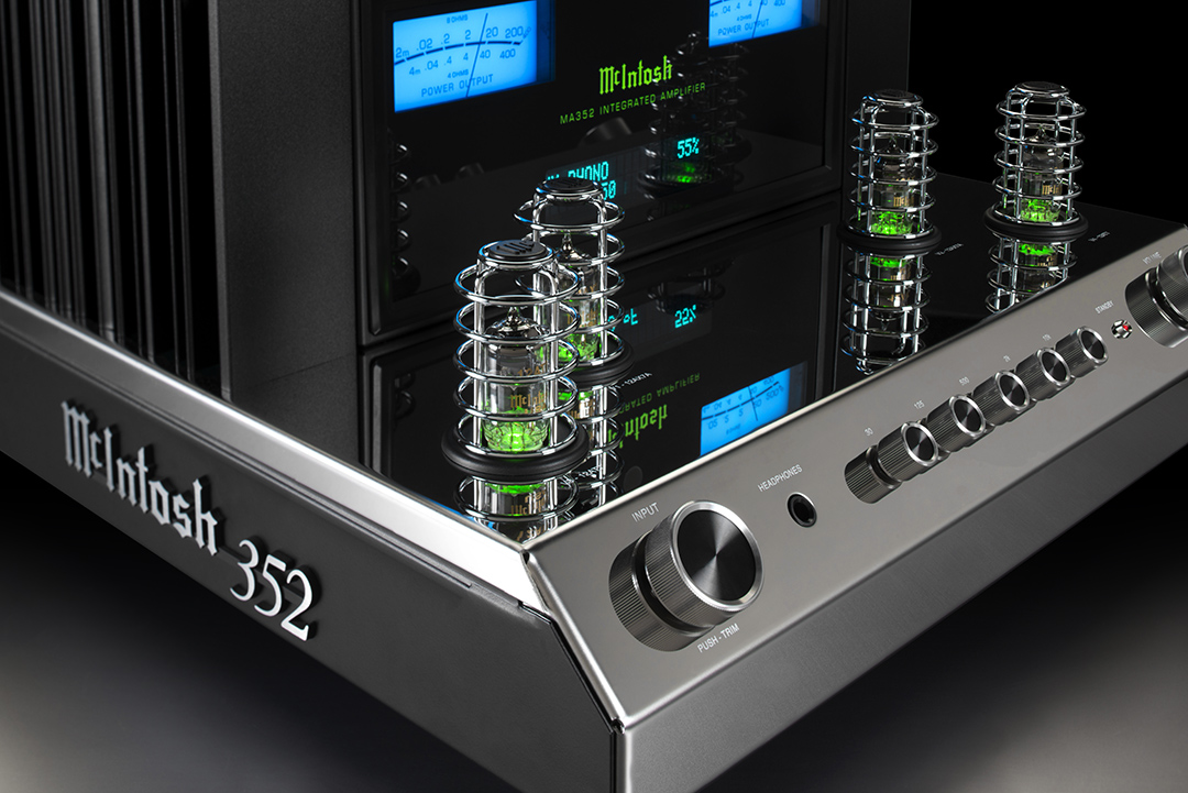 McIntosh MA352 Integrated Hybrid Tube Solid State Amplifier