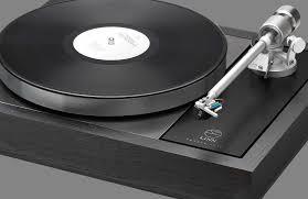 Linn Majik LP12 with Krane tonearm from Basil Audio