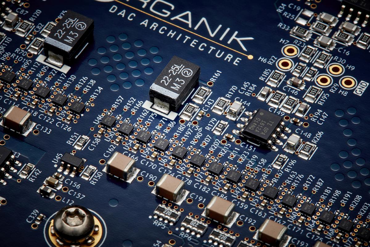 klimax_dsm_2021_internal_circuitboard_organikdac_flipflopscu_web-res